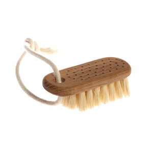Nail Brush Lovisa With String