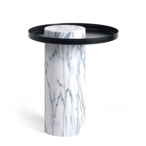 Salute Medium White Marble Black Tray