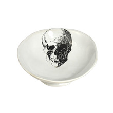 Alice Soap Dish Skull